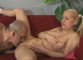 Hardcore pussy fucking with her dad