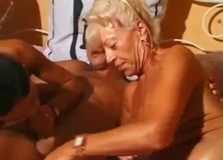 Two beauties enjoy incestuous pussy licking