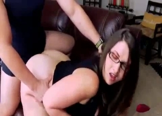 Thick ass brunette easily seduced her brother